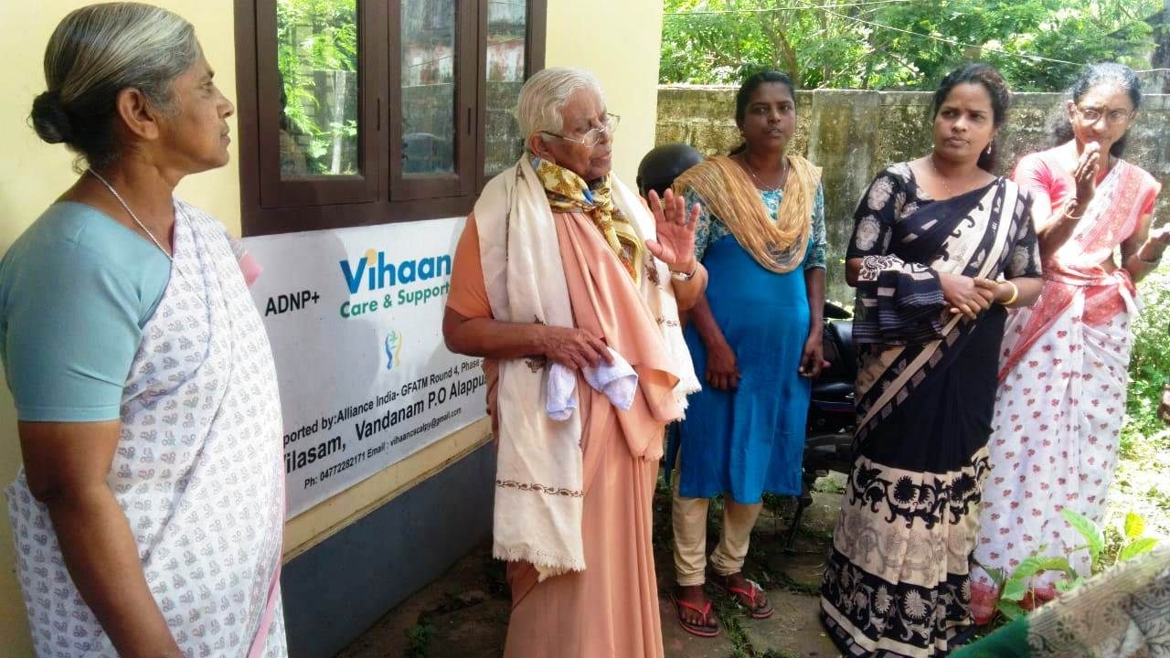 Srs.Theyamma and Dolores at Alappuzha  Flood relief camp